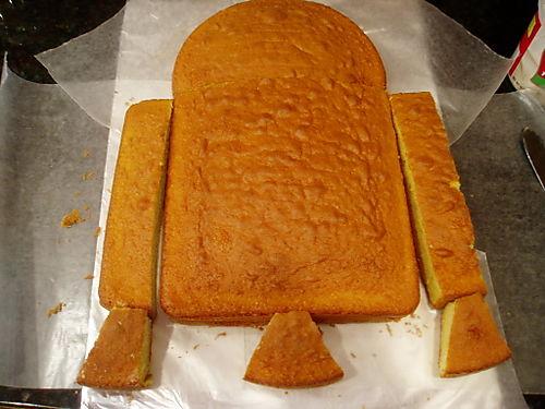 R2D2 Cake Pieces