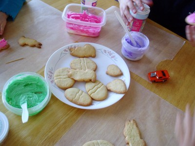 Decorating_cookies