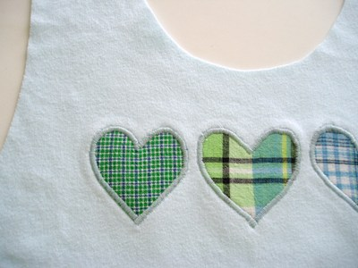 Three_hearts_applique_2
