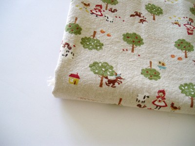 Little_red_riding_hood_fabric_2
